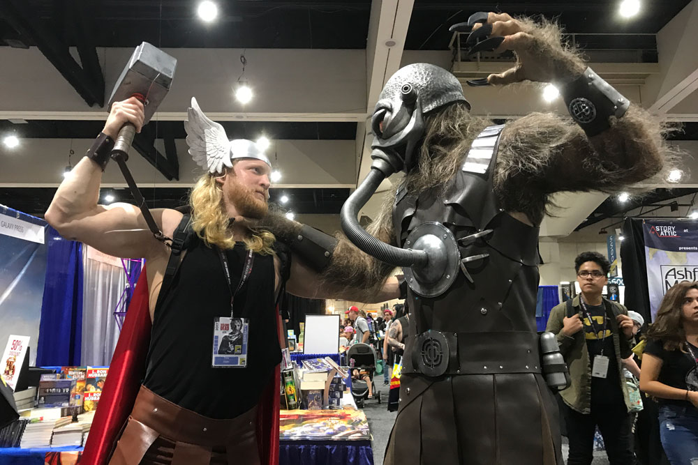 Thor and Terl go at it at SD Comic Con 2017